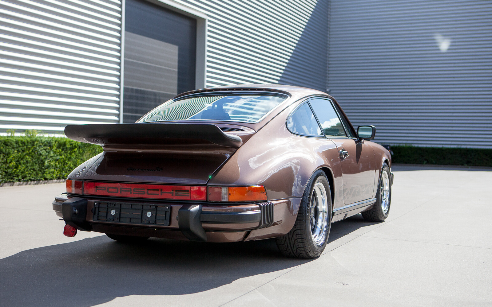 Porsche 911 CARRERA 3 0
